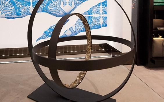 cc904764aad Boutique dos Relógios Plus Avenida Art - Mobile do Tempo por Joana  Vasconcelos. A nova ...