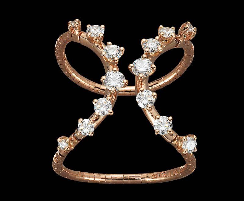 Brincos e Anel Mattia Cielo em ouro rosa e diamantes.